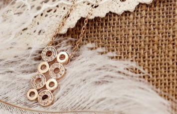 rose-gold-necklace-RGN008
